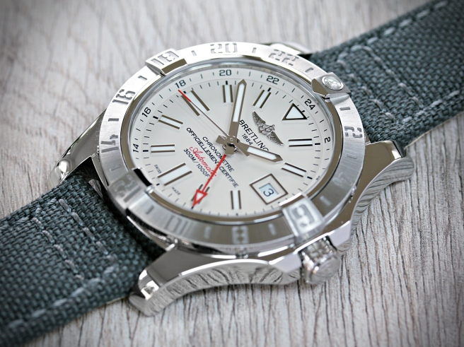 Breitling Avenger GMT 4
