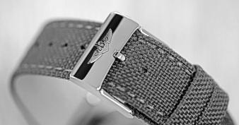 Breitling Avenger GMT 8