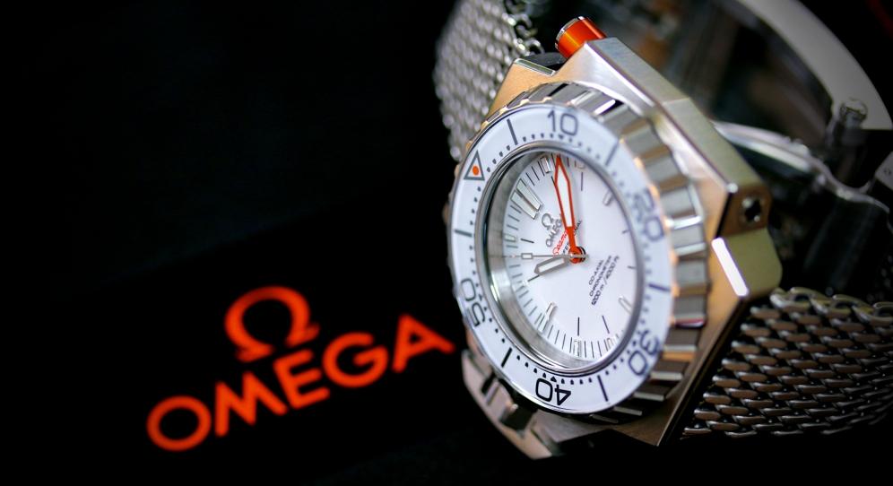 Omega Ploprof 1200 2