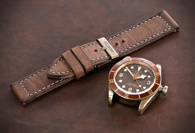 Tudor Black Bay Bronze 79250BM 9