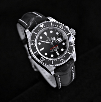 Rolex Sea-Dweller 126600 Single red 2